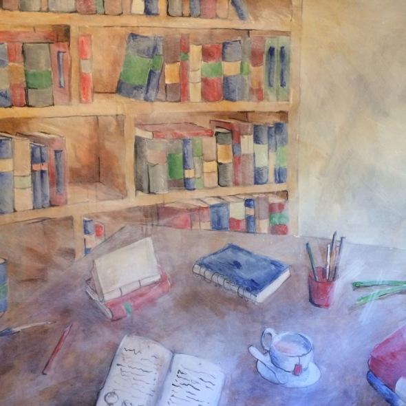 Librería con té rojo